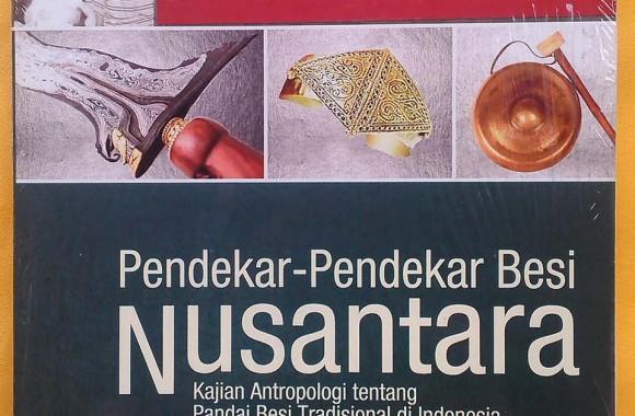 Buku : Pendekar-Pendekar Besi Nusantara