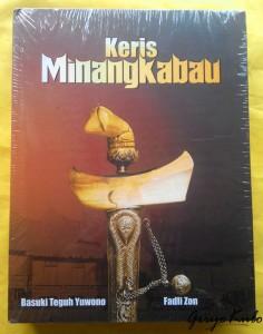 buku keris minangkabau